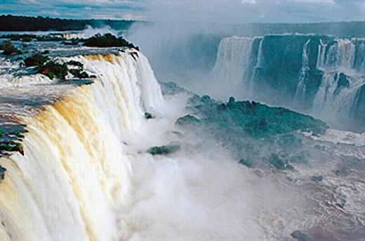 Stock Photo: 1566-0197404 Iguazu Waterfalls. Argentina-Brazil border
