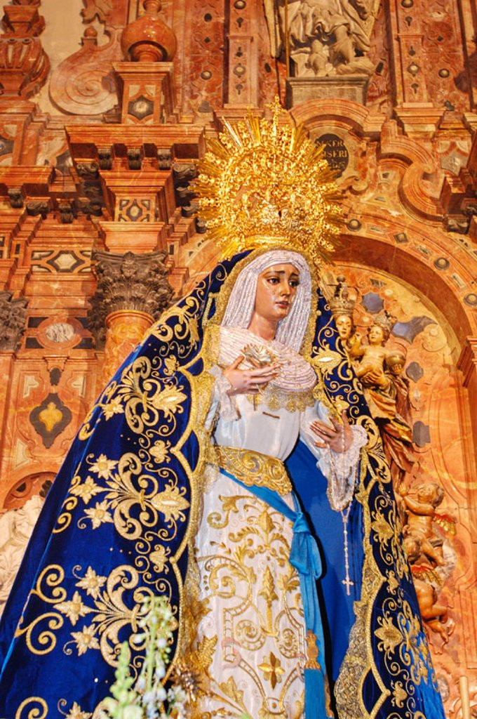Great procession of the Virgen de Guadalupe (Statue usually in the Sagrario church). City of Sevilla. Andalucia. Spain : Stock Photo
