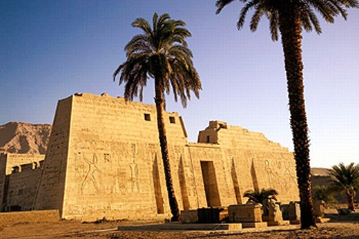Stock Photo: 1566-0201649 Medina Habu temple. Luxor West Bank. Egypt