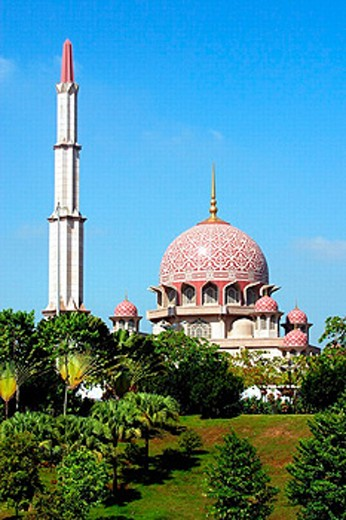 Putra mosque in Putrajaya, Malaysia : Stock Photo