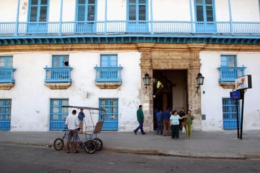 Stock Photo: 1566-0203062 Palacio de la Artesanía. Havana, Cuba