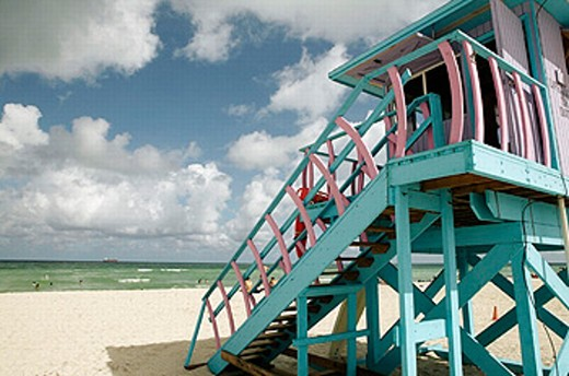 Usa. Florida. Miami Beach. South Beach. Art deco district. Lifeguard post : Stock Photo