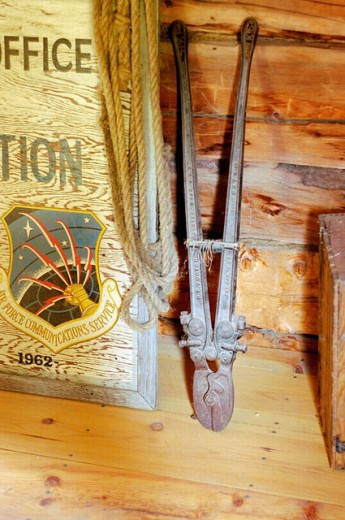 Stock Photo: 1566-0218590 Interior of log cabin at Rika´s Roadhouse and Landing. Delta Junction. Alaska. USA
