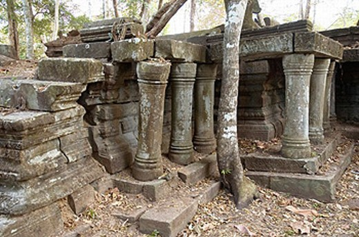 Stock Photo: 1566-0219085 Ruins of Beng Mealea temple, XIIth century AD. Kingdom of Cambodia.