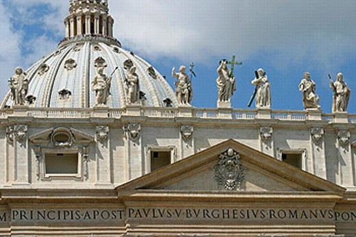 Stock Photo: 1566-0220413 Statues of Jesus and the apostles, and Dome of St. Peter´s Basilica. Vatican City. Rome. Italy