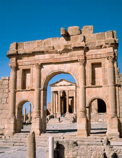 Stock Photo: 1566-0224297 Arch and forum esplanade (c. 139 AD) at the old Roman city of Sbeitla. Tunisia