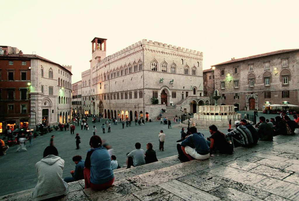 Stock Photo: 1566-0225101 Main Square with Fontana Maggiore fountain, Perugia, Umbria, Italy