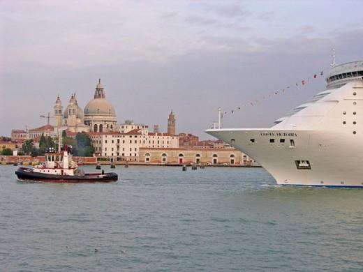 Boats. Venice. Venetia. Italy : Stock Photo
