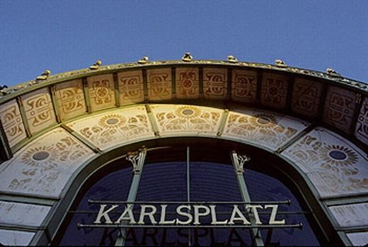 Stock Photo: 1566-0226349 Karlplatz cafe designed by Otto Wagner. Vienna. Austria