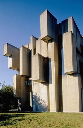 Stock Photo: 1566-0226371 Concrete church in Mauer by architect Fritz Wotruba. Vienna. Austria