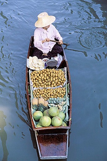 Stock Photo: 1566-0230881 Damnoen Saduak Floating Market. Bangkok. Thailand