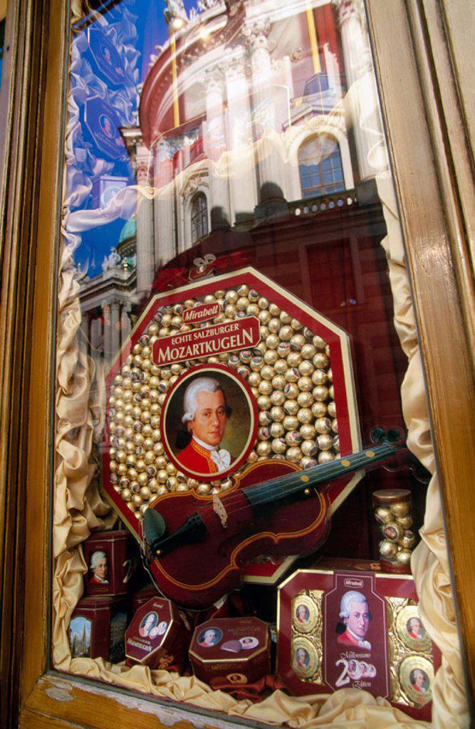 Stock Photo: 1566-0234556 Mozart chocolates. Vienna, Austria