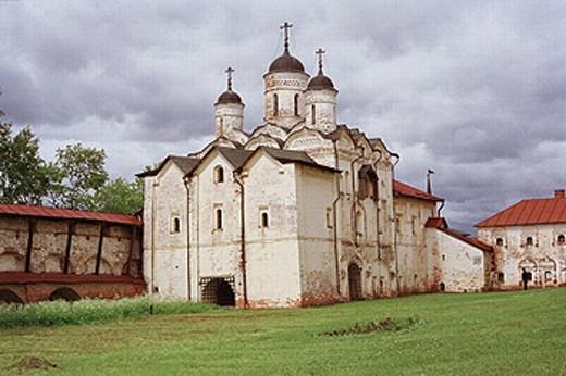 Church of the Transfiguration in Kirilov Belozersky Monastery, XVIth century. Kirilov, Vologda region, Russia : Stock Photo