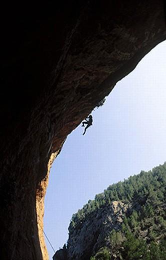 Rock climbing. Montanejos, Castellón province, Comunidad Valenciana, Spain : Stock Photo