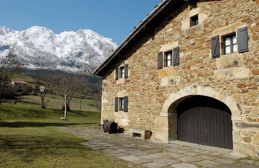 Stock Photo: 1566-0239554 Mount Amboto. Urkiola Natural Park. Axpe. Atxondo Valley. Bizkaia. Euskadi. Spain.