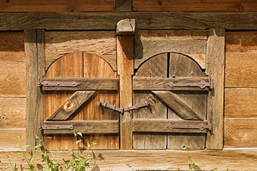 Szentendre: Hungarian Open Air Ethnographic Museum. Wooden Barn Door. Danube bend. Hungary. 2004. : Stock Photo
