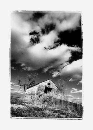 Black and white of barn in a field, Midwest USA : Stock Photo
