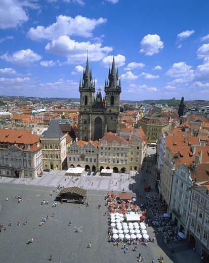 Stock Photo: 1566-030498 Old Town Square and Tyn Church. Prague. Czech Republic