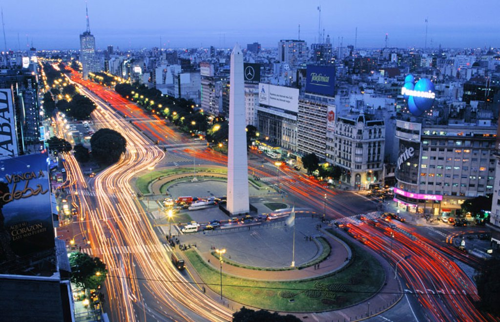 Stock Photo: 1566-039155 Avenida 9 de Julio. Buenos Aires. Argentina