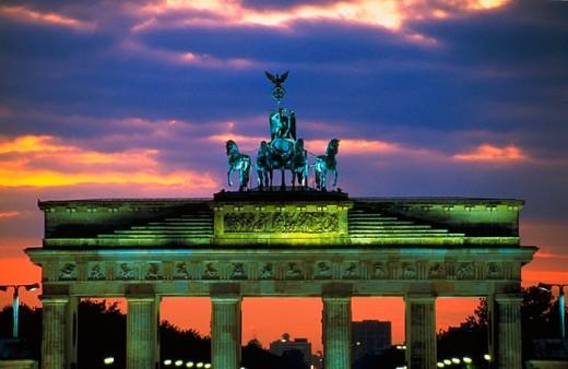 Brandeburg gate at dusk. Berlin. Germany : Stock Photo