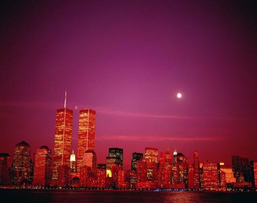 Stock Photo: 1566-040465 Manhattan skyline at dusk. New York City. USA