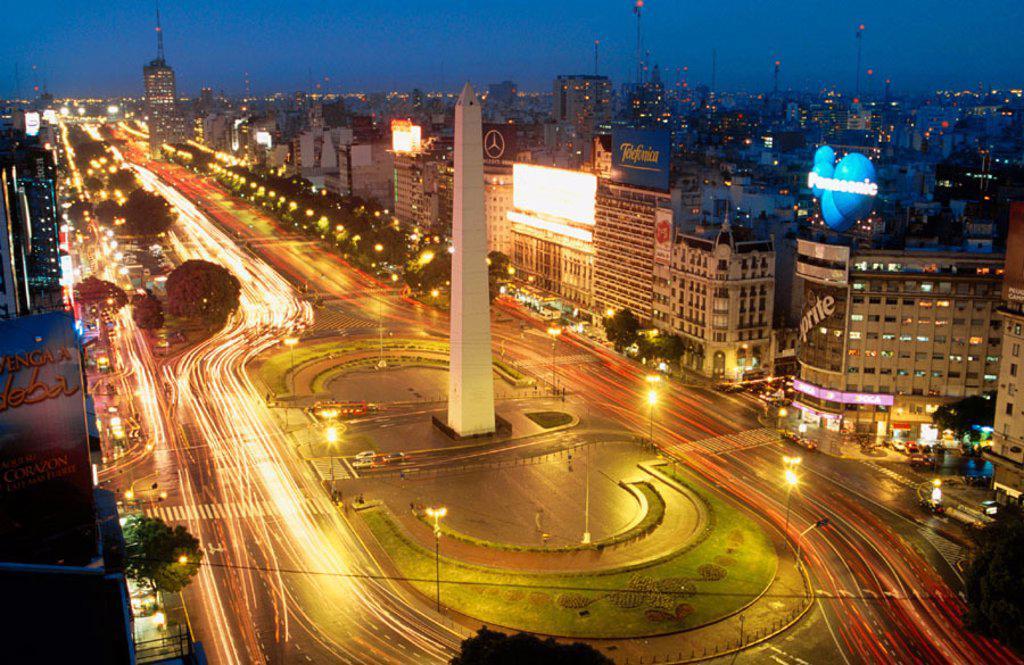 Stock Photo: 1566-045012 Avenida 9 de Julio. Buenos Aires. Argentina