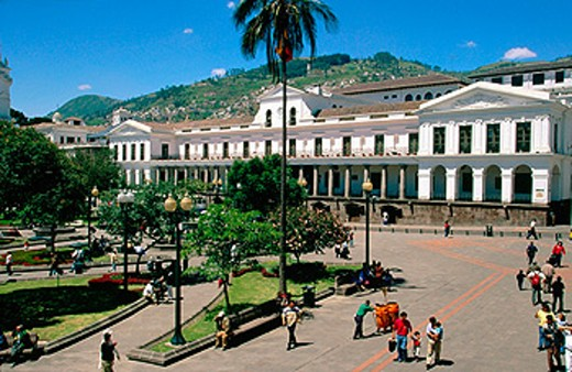 Stock Photo: 1566-045190 Government Palace in ´Indenpendencia´ Square. Quito. Ecuador