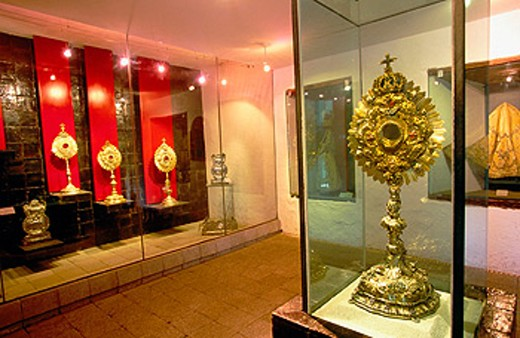 Stock Photo: 1566-045203 Treasure. Religious Art Museum. Convento de las Madres Conceptas. Riobamba. Chimborazo. Ecuador