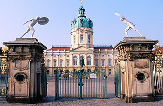 Stock Photo: 1566-045286 Charlotenburg Palace. Berlin. Germany