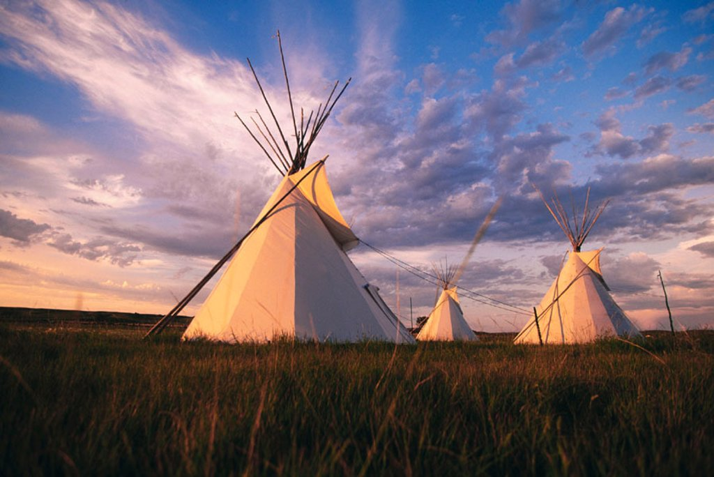 Stock Photo: 1566-045622 Indian tepees
