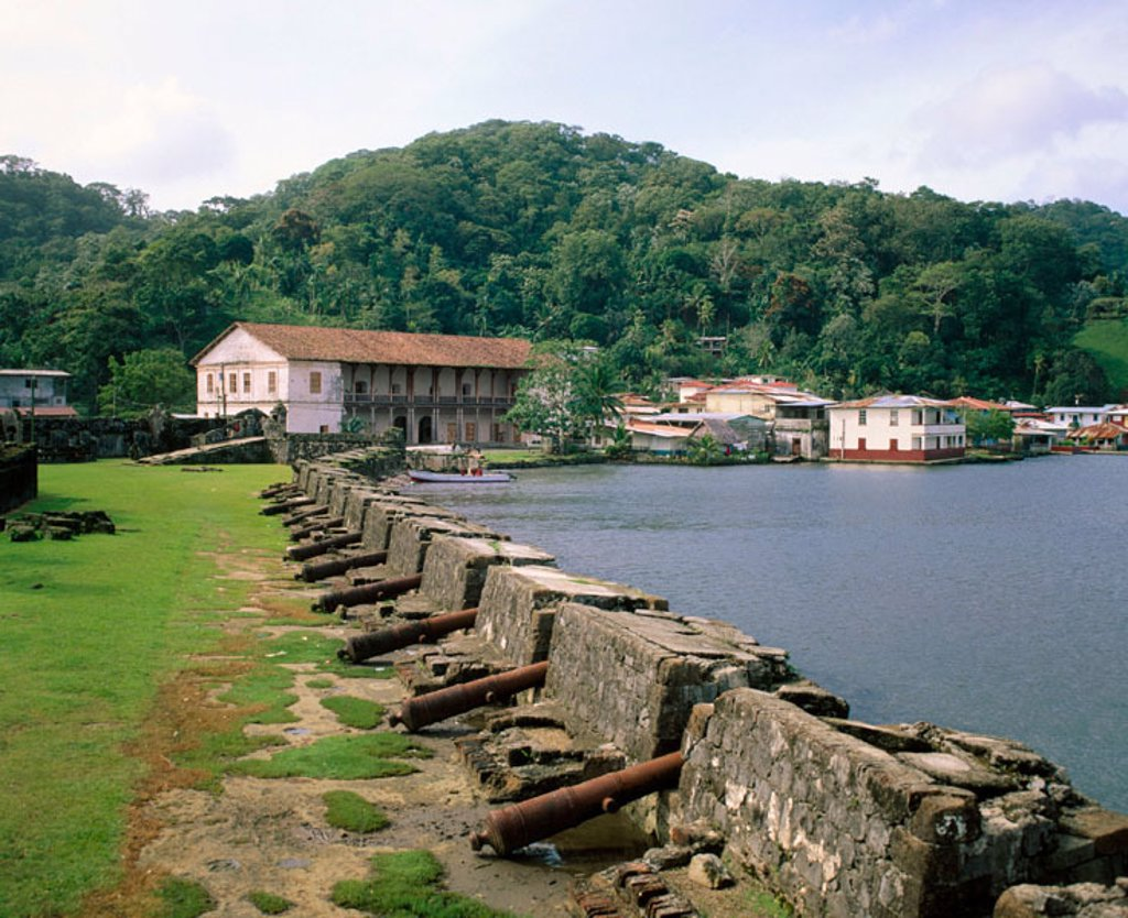 Stock Photo: 1566-046586 Portobelo fortress. Panama