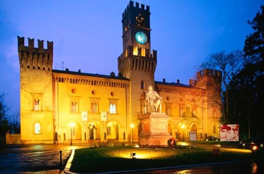 Stock Photo: 1566-049055 Rocca Pallavicino. Piazza Giuseppe Verdi. Busseto. Italy