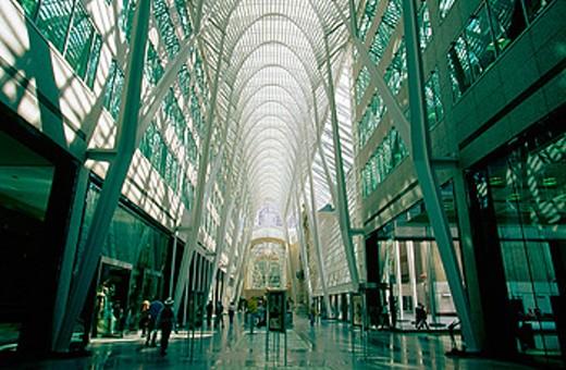 Stock Photo: 1566-049710 BCE Place, design by the architect Santiago Calatrava. Toronto. Canada