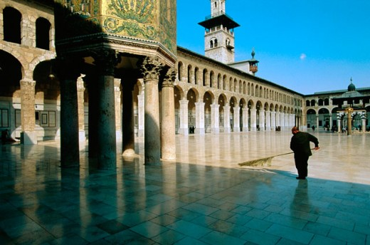 Stock Photo: 1566-051674 Man sweeping the yard. Ommeyade Mosque. Damascus. Syria