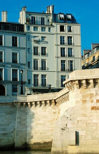 Stock Photo: 1566-052127 Seine bank. Paris. France