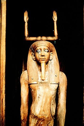Stock Photo: 1566-052680 Wooden statue of pharaoh Tutankhamon. Egyptian Museum. Cairo. Egypt