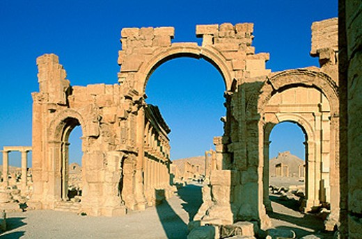 Ruins of the old Greco-roman city of Palmira. Syria : Stock Photo