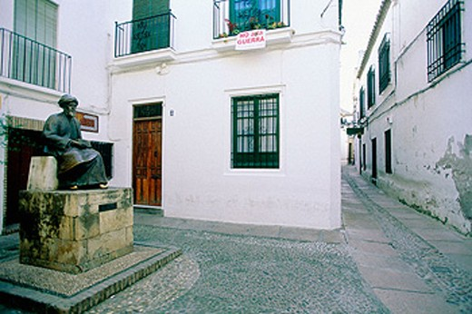 Monument to Jewish philosopher Maimonides in the ´judería´ (Jewish quarter). Córdoba. Spain : Stock Photo