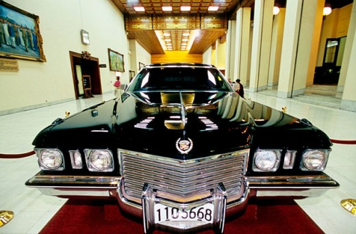 The last Cadillac (1975) offered by people of Taiwan to Chiang Kai-shek at Exhibition Hall, Chiang Kai-shek Memorial Hall complex. Taipei. Taiwan : Stock Photo