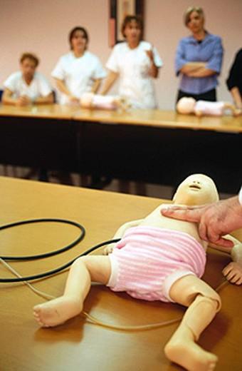 Stock Photo: 1566-059480 Pediatric training