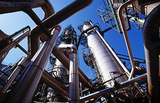 Distillation. Repsol-YPF oil refinery. Tarragona province. Spain : Stock Photo