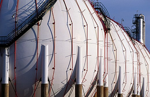Stock Photo: 1566-063667 Gas tanks at Repsol-YPF oil refinery. Tarragona province. Spain