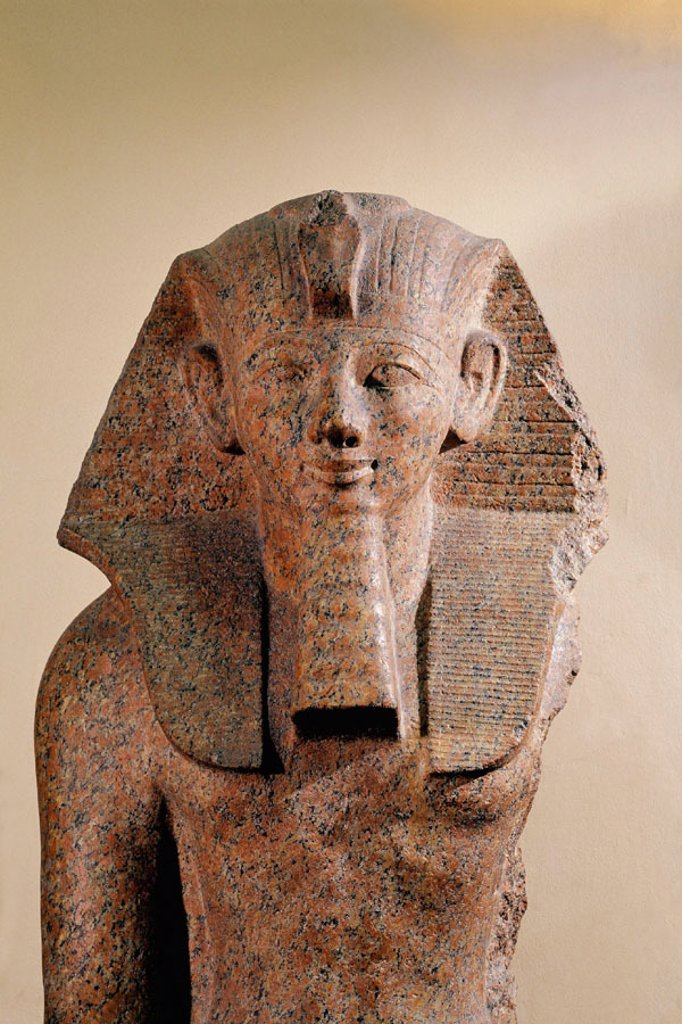 Stock Photo: 1566-063847 Statue of Hatshepsut. Egyptian Museum. Egypt