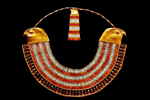 Stock Photo: 1566-063878 Collier with falcon heads of Neferuptah, daughter of Amenemhet III. Egyptian Museum. Egypt