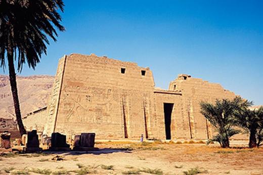 Stock Photo: 1566-063971 Egypt, Medinet Habu, Ramses Temple