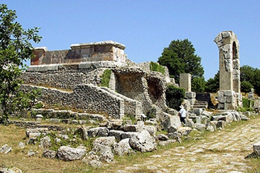 Stock Photo: 1566-069672 Ruins of old Roman city, Carsulae. Umbria, Italy