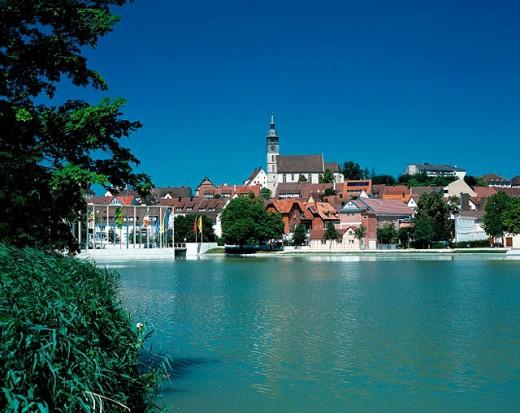 Stock Photo: 1566-070887 Upper Lake and old town view. Böblingen, Schönbuch, Baden-Württemberg, Germany
