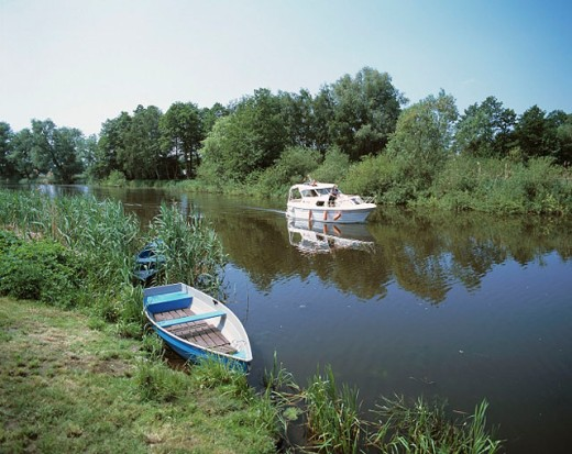 Peaceful river spot, Elde River, Neustadt-Glewe, Mecklenburg-Western Pomerania, Germany : Stock Photo