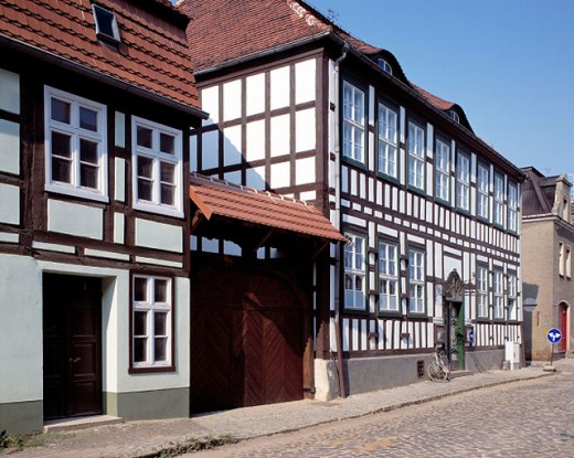 Germany: Dahme, Niederer Fläming, Brandenburg, half-timbered houses, street with cobblestones : Stock Photo