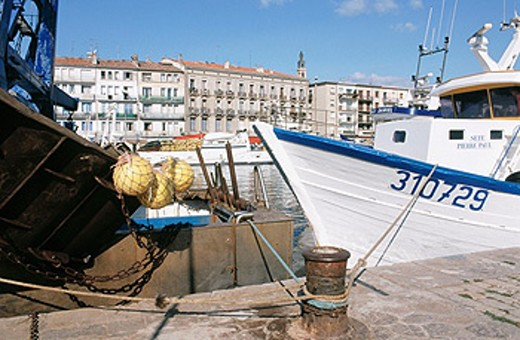 Stock Photo: 1566-073237 Fishing boats in the canal. Sete. Herault. Languedoc-Roussillon. France